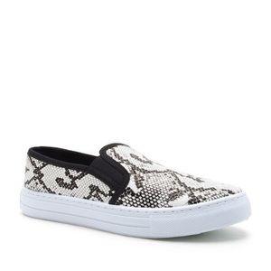 NWOT Qupid Snakeskin Sneakers